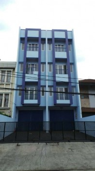 Disewakan Ruko Gandeng  Siap Pakai Di Sunter Agung  Jakarta Utara #1