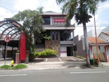 Dijual Gedung Perkantoran Dekat Alun Alun Banyuwangi #1