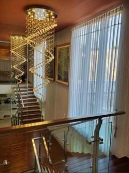 Rumah Mewah Plus Perabot Lengkap Berkelas Perumahan Elit Araya #1