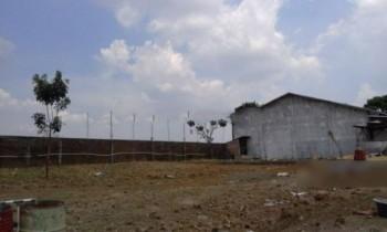 Tanah + Gudang Kecil Jalan Gondang Manis, Bae, Kudus, Jawa Tengah #1