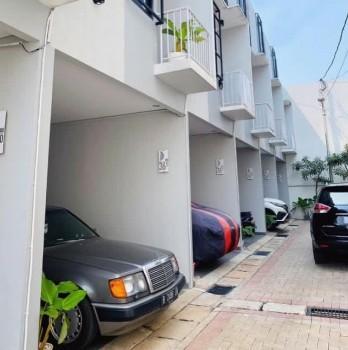 Rumah Baru Model Town House Di Kebon Jeruk Harga Terjangkau #1