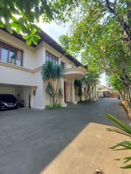 Disewakan Rumah Mewah  Cipete Jakarta Selatan #1