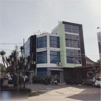 3 Ruko Sekaligus Hunian 3 Kamar Di Jl. Wr Supratman Mataram Ru12 - #1