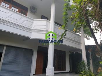 Jakarta Selatan~rumah Bagus~ Kuningan~lokasi Strategis~br5~lt540~lb540 #1