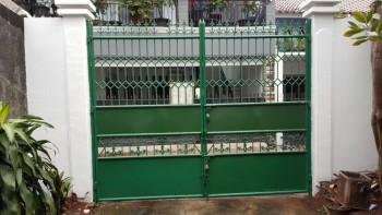 Rumah Di Jakarta Selatan, Kebayoran Lama - Jl. Mesjid Iv - **dekat Jalan Tentara Pelajar **2,3 Km Ke Senayan City Mall #151245