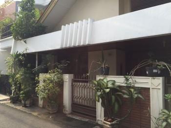 Rumah Di Jakarta Selatan, Kebayoran Lama - Jl. Mesjid Iv - **dekat Jalan Tentara Pelajar **2,3 Km Ke Senayan City Mall #151244