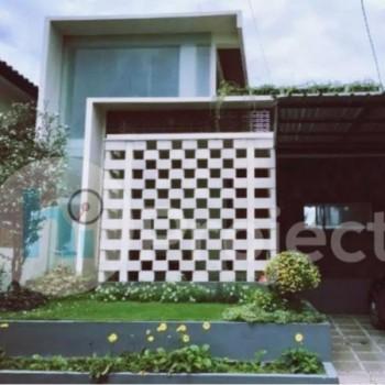 Rumah Modern 2 Lantai Fully Furnished R002 Jendral Sudirman Mataram #1