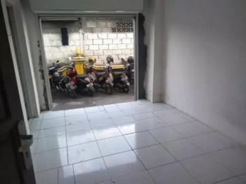 Ruang Usaha Di Belakang Ambarukmo Plaza Murah #1
