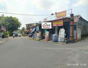 6 Kios Dan Gudang Siap Pakai  Kondisi : Bagus  Lokasi: Jalan Raya Kadipiro Kec : Banjarsari , Solo #1