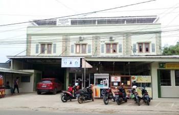 New Listing Dijual Gudang Plus 3 Unit Ruko Di Jl. Tanjung Api Api Palembang #1