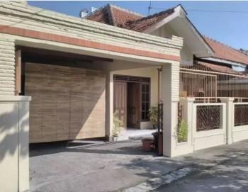 Rumah Bagus Tengah Kota  Lokasi : Karangasem, Laweyan Surakarta #1