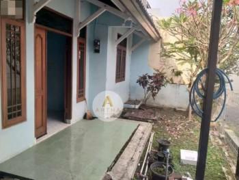Disewakan/dikontrakan Rumah Jln Sukaati Bandung #1