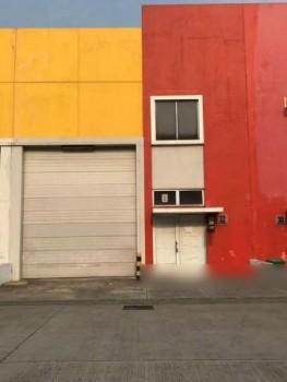 Gudang Siap Pakai Luas Tanah 9 X 18 Di Bizzpark Cakung Jakarta Timur #1