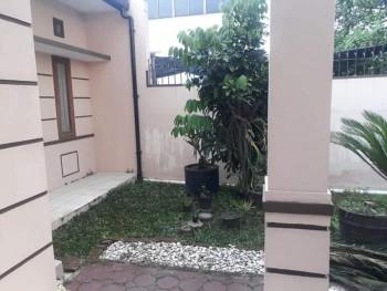 Rumah Taman Holis Indah 2 Dekat Kopo, Sumbersari #1