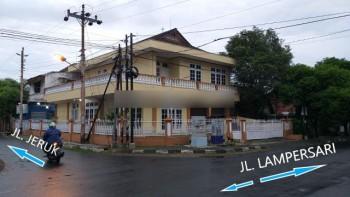 Rumah Mewah 2 Lantai Posisi Hook Di Lamper Semarang Tengah, Semarang Tengah, Semarang #1