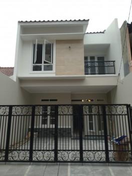 Rumah Ditengah Kota Rawamangun Jakarta Timur #1