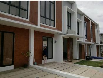 Townhouse 2 Lantai Di Jln Kelapa 2 Raya Depok Harga 980 Juta #1