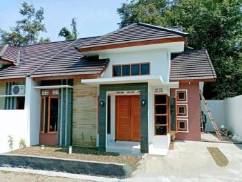 Rumah Modern Minimalis Proses Bangun Di Timur Kampus Uii Jln Kaliurang Km 13 Sleman Yogyakarta #1