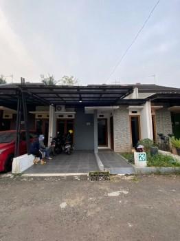 Rumah Siap Huni Semi Furnished Dekat Tol Jatiwarna Bekasi Kota #1