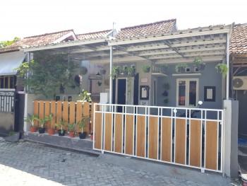 Rumah Cantik Modern Kekinian Asri- Fully Furnished Dekat Kota Jogja #1