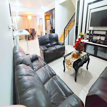 Dijual Rumah Fully Furnished ( 8x27.5 ) Katamaran Indah - Pantai Indah Kapuk #1