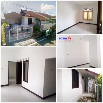 Dijual Rumah Di Daerah Ubung Kaja, Denpasar Utara. Lingkungan Perumahan #1