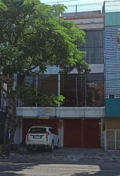Strategis Ruko 3lt Row Nol Jln Raya Barata Jaya Minim 2tahun #1