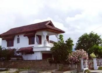 Dijual Rumah 2 Lantai Tanah Luas Lokasi Strategis Pinggir Jalan Di Kota Palu #1