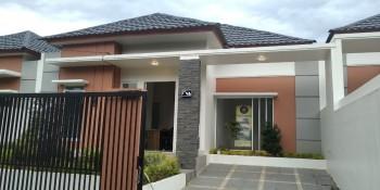 Dijual Rumah Baru Type 75/150 Di Perumahan Zizani & Bukit Julif Kota Padang #1