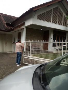 Dijual Rumah Siap Huni, Cocok Untuk Kantor It Development Di Bandung #1