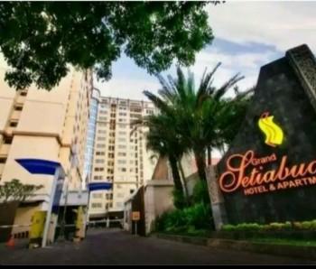 Disewakan Murah Harian/bulanan Apartemen Grand Setiabudi Hotel Lt 12 Type 3 Kamar Tidur Di Bandung #1