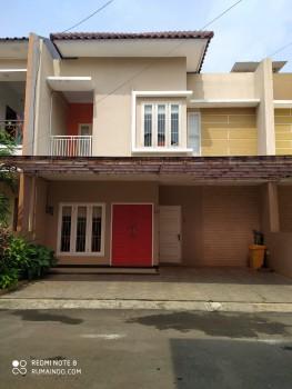 Dijual Cepat Rumah Cluster Di Jln Kemenyan Jagakarsa Jakarta Selatan #1