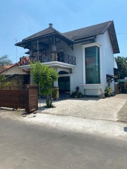Tanah Dan Bangunan Full Furnished 2 Lantai Guest House Aktif Di Tengah Kota Tuban #1