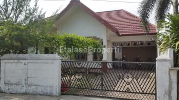 Dijual Rumah Luas Jalan Lily Riau #1